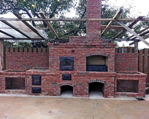 Большой барбекю комплекс с томильным шкафом, казаном и грилем